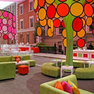 LimeGreen-Pink-Lounge