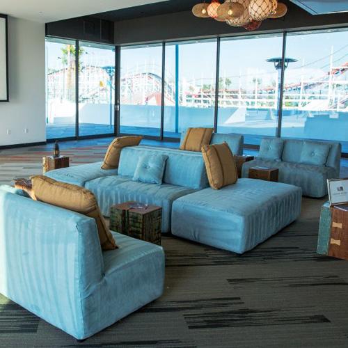 Choosing the perfect bar bat mitzvah furniture rental