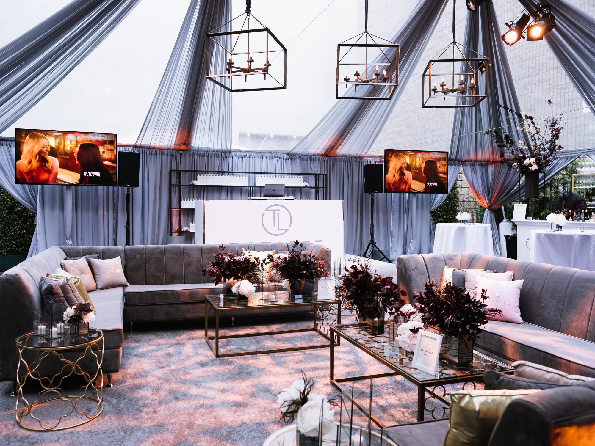 Groovy Event Furniture Rental Weddings Corporate Events Machost Co Dining Chair Design Ideas Machostcouk